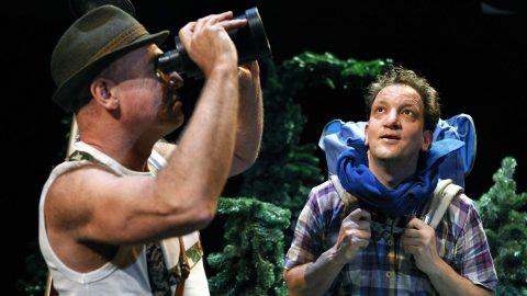 Ongewone Gebeurtenissen Peter Zegveld en Mathieu van den Berk Jeugdtheater 2 480x270 - EIGEN VLEES EERST