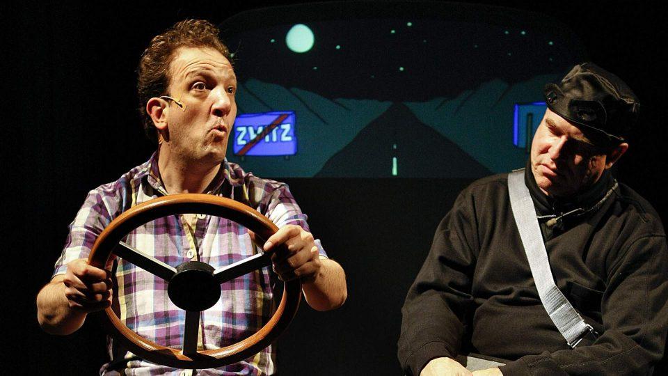 Ongewone Gebeurtenissen Peter Zegveld en Mathieu van den Berk Jeugdtheater 5 960x540 - ONGEWONE GEBEURTENISSEN